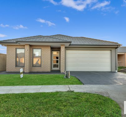 4 Ethan Terrace, Cranbourne East