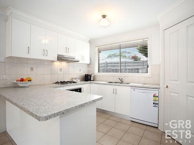 34 Linda Drive, Cranbourne West