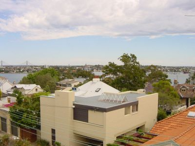 6 / 30 East Crescent Street, Mcmahons Point