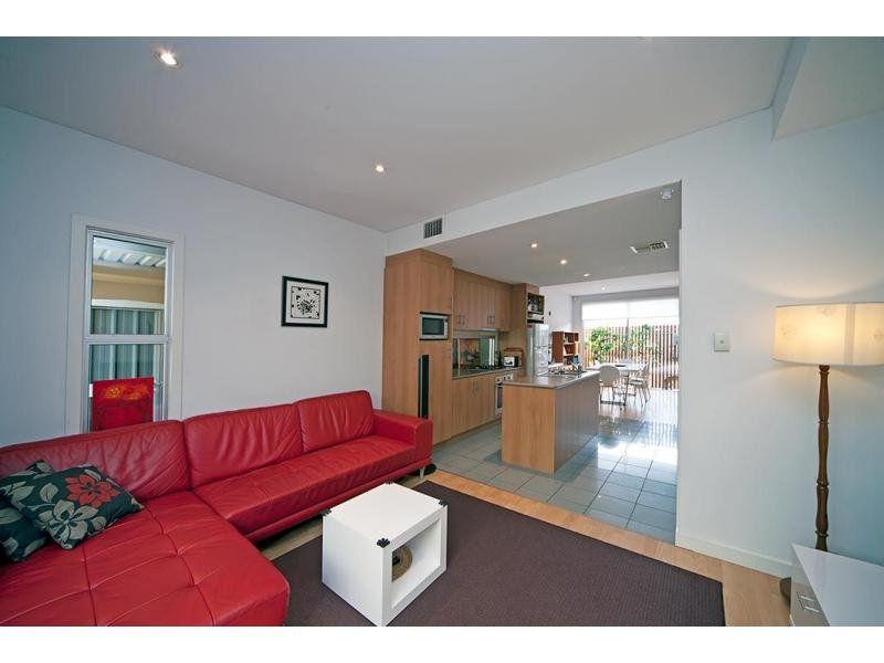 9 Vinrace Street, Adelaide