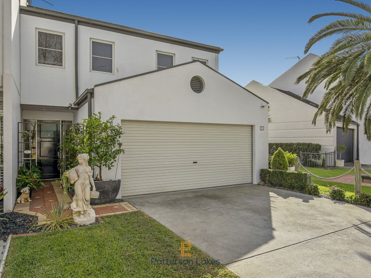 37 Scarborough Drive, Patterson Lakes