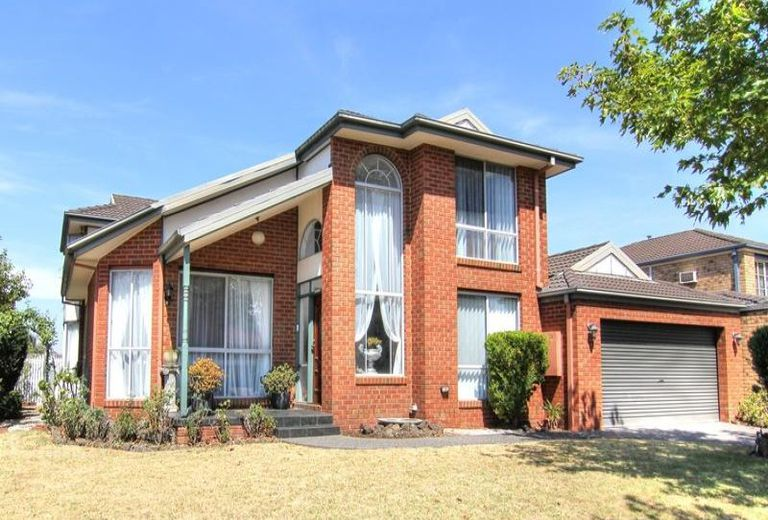 6 Albany Road, Oakleigh East