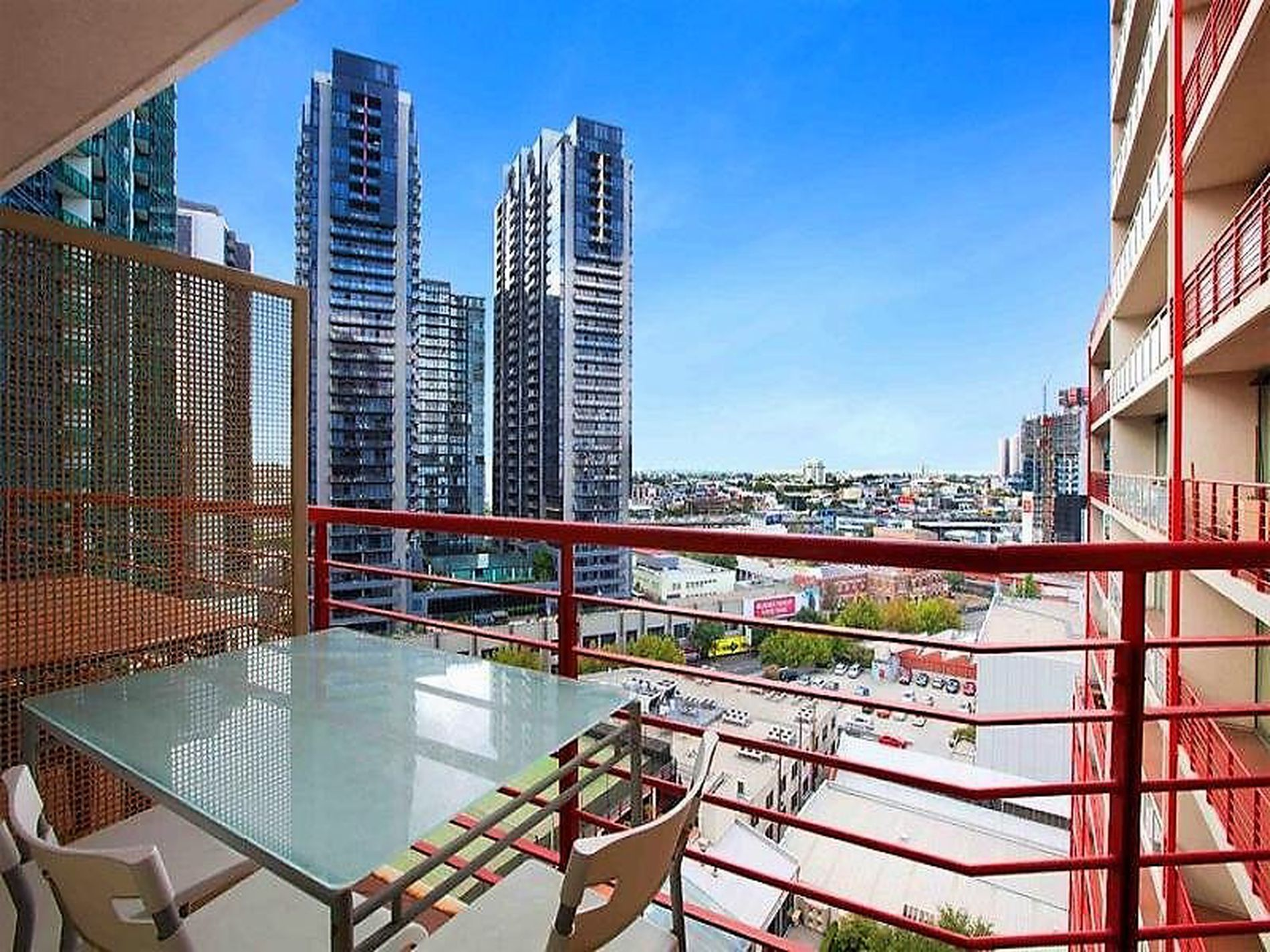1308 / 83 Queens Bridge Street, Southbank
