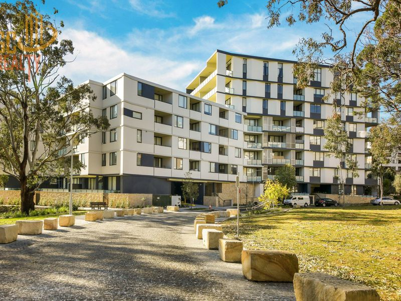 818 / 5 Vermont Crescent, Riverwood