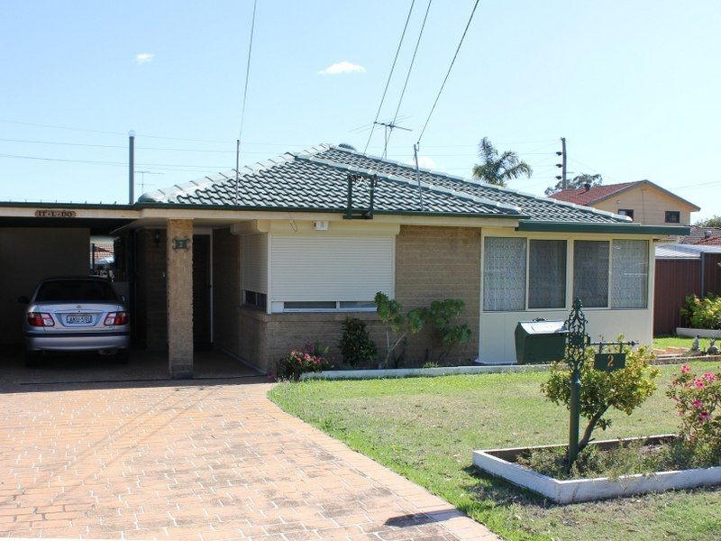 2 Franklin Place, Colyton