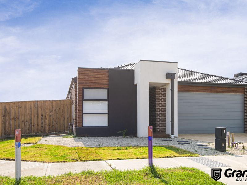 1 Hirst street , Cranbourne North