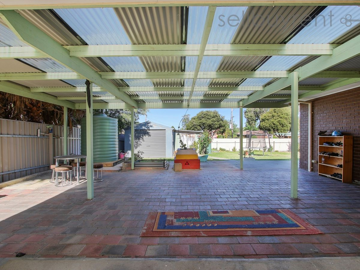 4 EMERY COURT, Wodonga