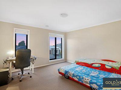44 Terrene Terrace, Point Cook
