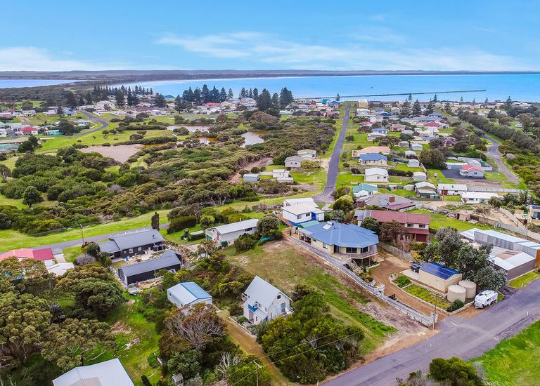 Lot 220, SOUTH WEST TERRACE, Beachport
