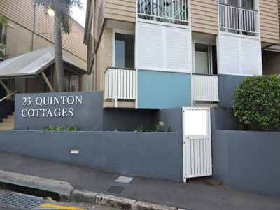 3A / 23 Quinton Street, Kangaroo Point