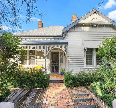 39 Lawton Avenue, Geelong West