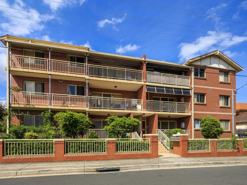 9 / 28-32 Mount Pleasant Avenue, Burwood