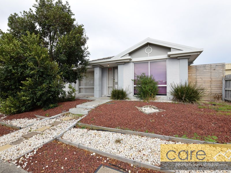 39 Dartmoor Drive, Cranbourne East