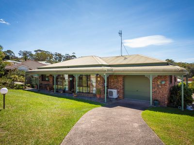1 / 3 Banksia Court, Tura Beach