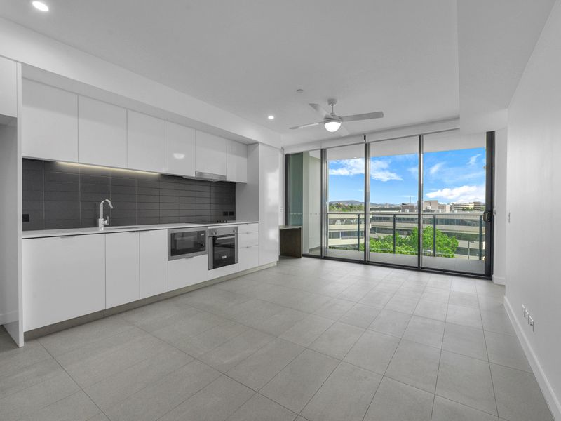 1510 / 10 Trinity Street, Fortitude Valley