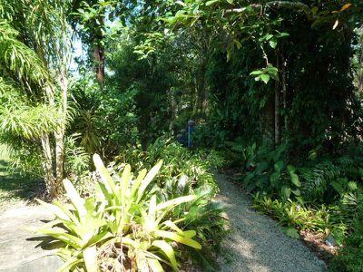 856 East Feluga Road, East Feluga