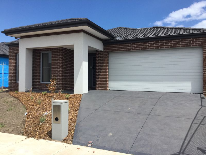 111 Haze Drive, Point Cook