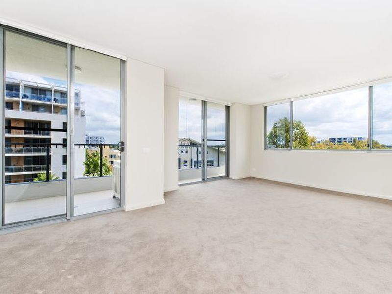 601 / 7  Stromboli Strait , Wentworth Point