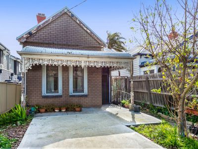 96 Normanby Avenue, Thornbury