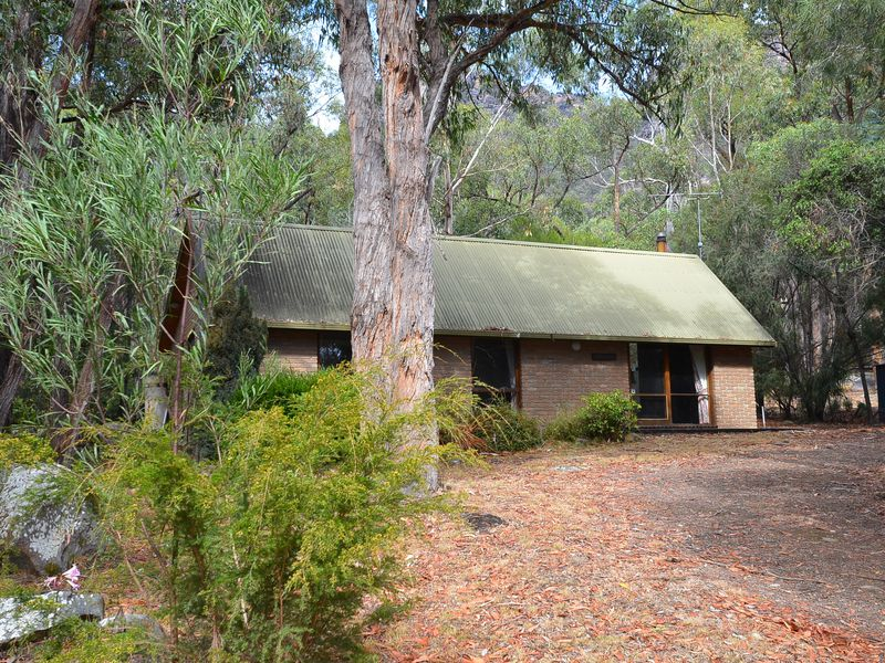 54-56 Scott Road, Halls Gap