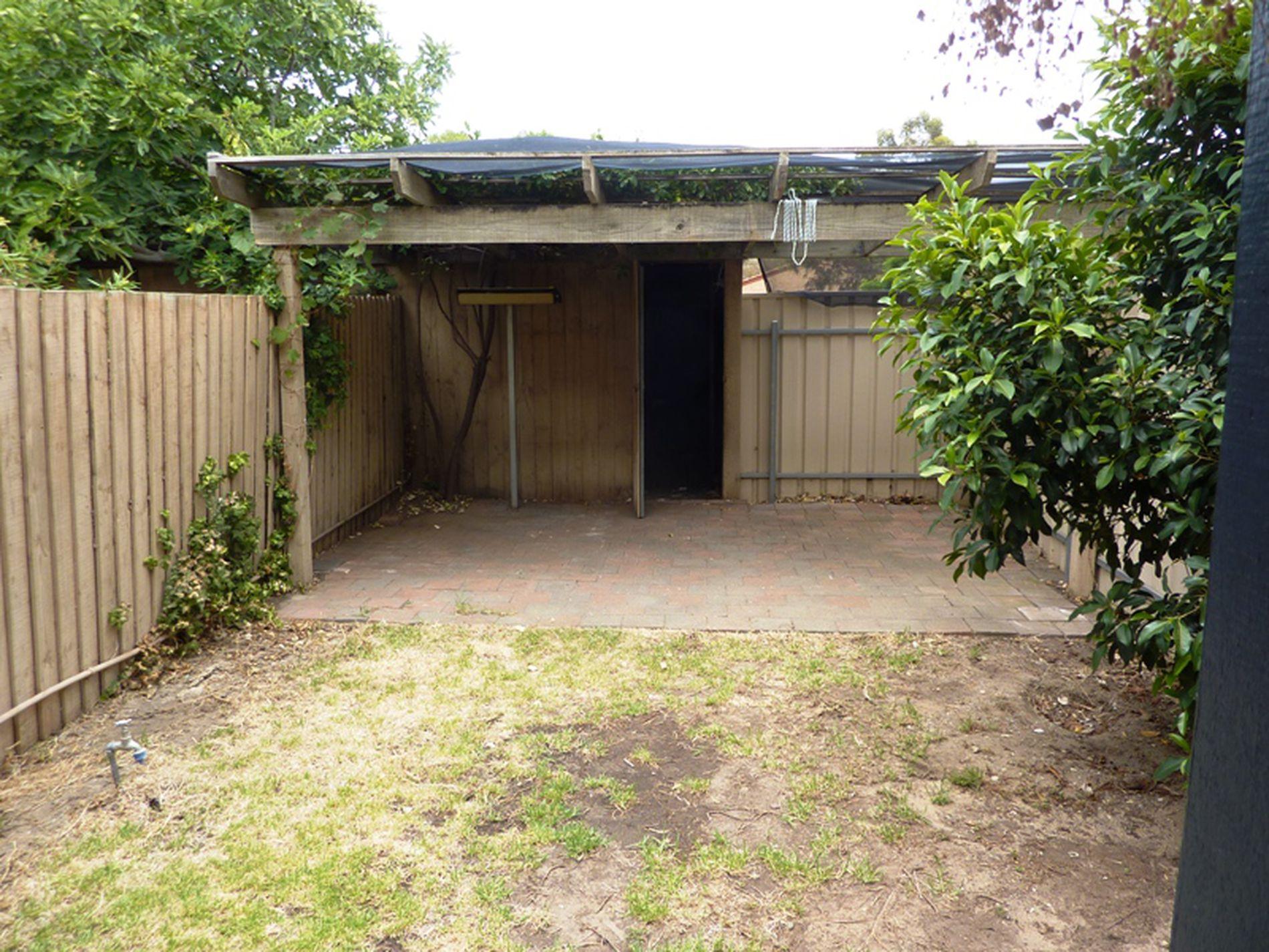 32 Pelican Place, Semaphore Park