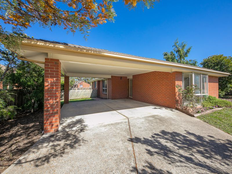 8 Crawford Way, Sunbury